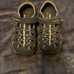 Boys Merrell sandals size 11W navy